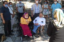 Amasra Belediyesi 18 engelliye akülü sandalye dağıttı