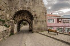 Amasra'da yılların sorunuydu: Kaleiçi'ne özel tasarlanacak