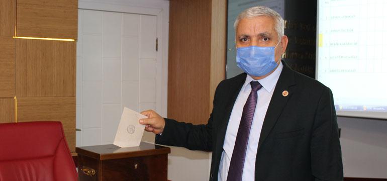 İl Genel Meclisi'nde gizli oylama yapıldı