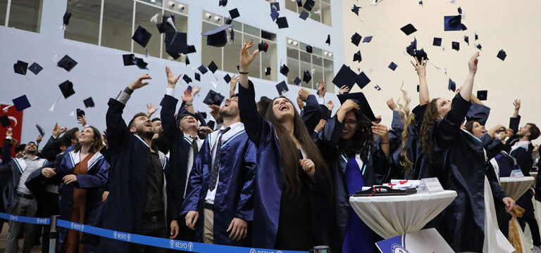 """Bartın Üniversitesi yine """"uzaktan"""" dedi, sadece…"""