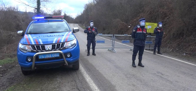 Kumluca'dan Ulus'a gidecekler dikkat! Ana yol kapatıldı