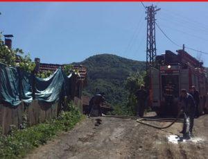 Kumluca'nın köyünde yangın paniği